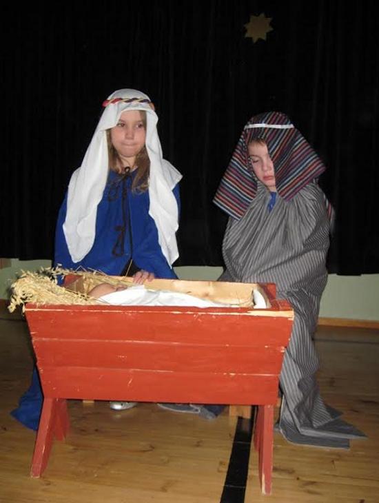 Maria, Joosef ja Jeesus-lapsi.