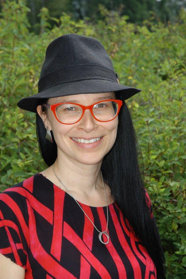 Muusikko-laulaja Faruusa