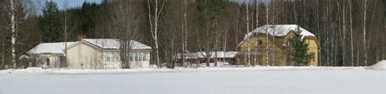 Patsolan koulu. Vsemmalla 1950-luvulla rakennettu uudempi koulurakennus.