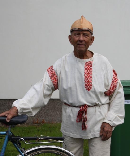 Oiva Tikka. Tour de Värtsilän parhaiten pukeutunut pyöräilijä!