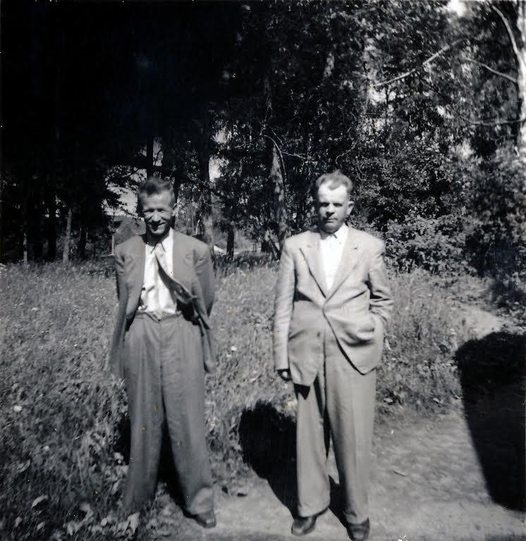 Kuvassa Juho ja Jaatinen jonka etunimi ei ole tiedossa
