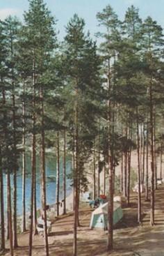 Postikortti Mustaniemen leirialueelta 1960 luvulta
