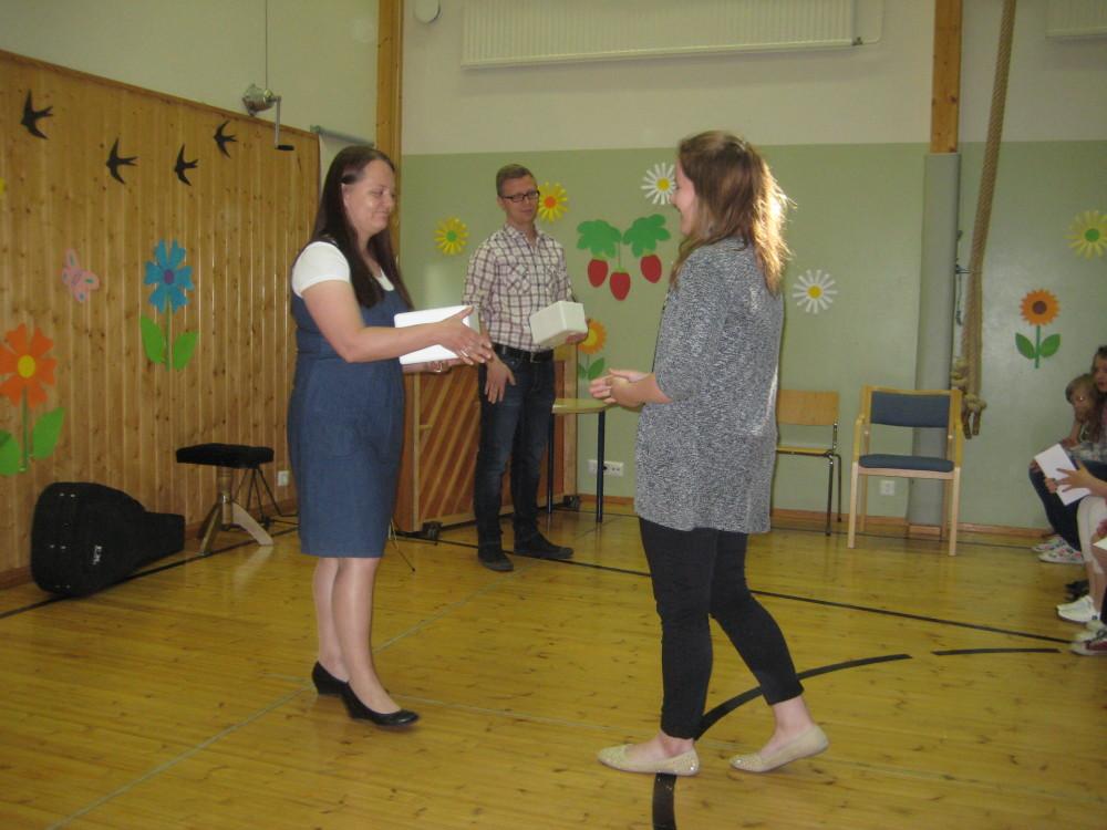 Oppilaat valitsivat keskuudestaan Aadan hymytytöksi ylivoimaisella äänten enemmistöllä