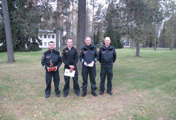 p-kr-joukkue-vas-lukkarinen-kononen-juutinen-seka-koiratoimintavastaava-jari-luukkanen